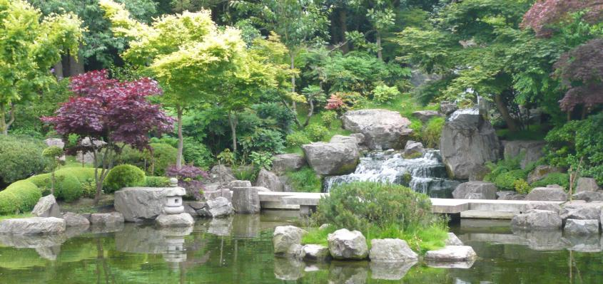It Is Full Of Surprises, Unexpected Sculptures, A Simply Stunning Japanese  Garden, And Hectares Of Idyllic Parkland That Is So Naturally Landscaped ...