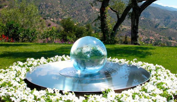 Superieur ... Garden Design With Spiering Uamp Co Globe Water Features Centre Pieces  For Your Garden With Backyard